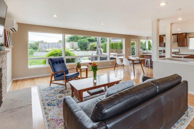 Obývacia izba s prvkami retra