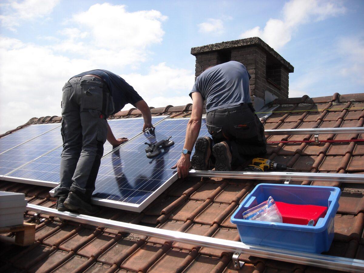 montaz fotovoltaickych panelov